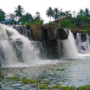 Водопад в национальном парке Таиланда