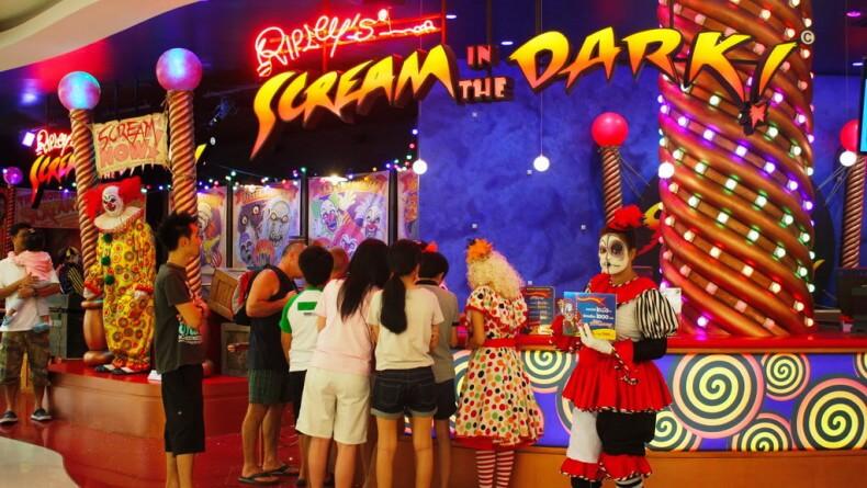 Музей Рипли в Паттайе - движущийся клоун