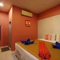 Отель Phuket Backpacker Hostel