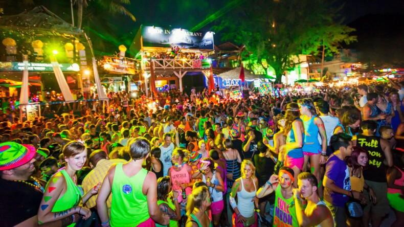 Вечеринка Full Moon Party на острове Панган