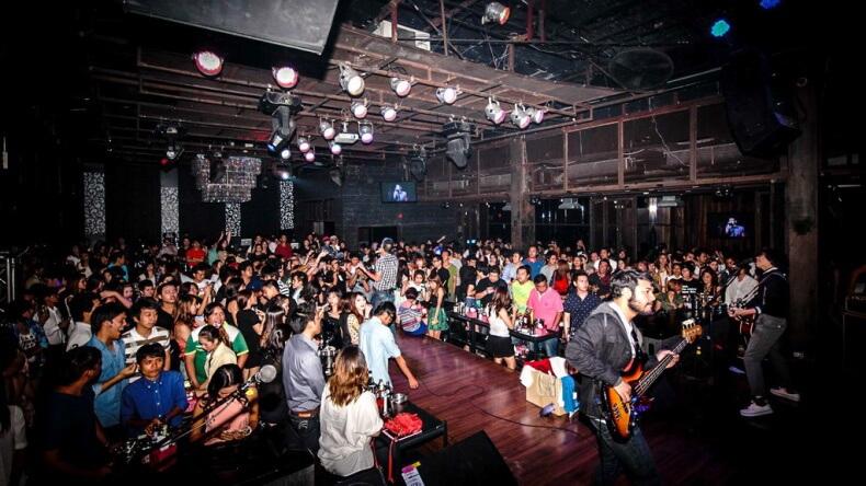 Ночной клуб Flix & Slim в Бангкоке