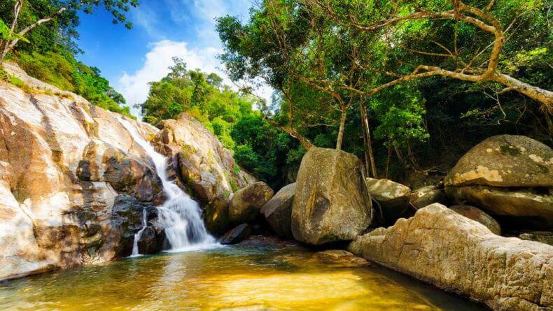Водопад Hinlad на Самуи