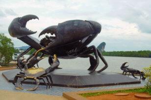 Скульптуры в Краби Тауне