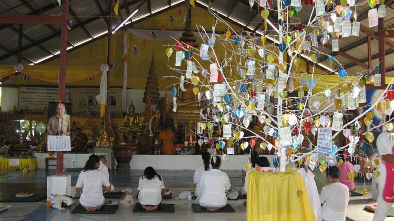 Место для балгословления у статуи Большого Будды на Пхукете