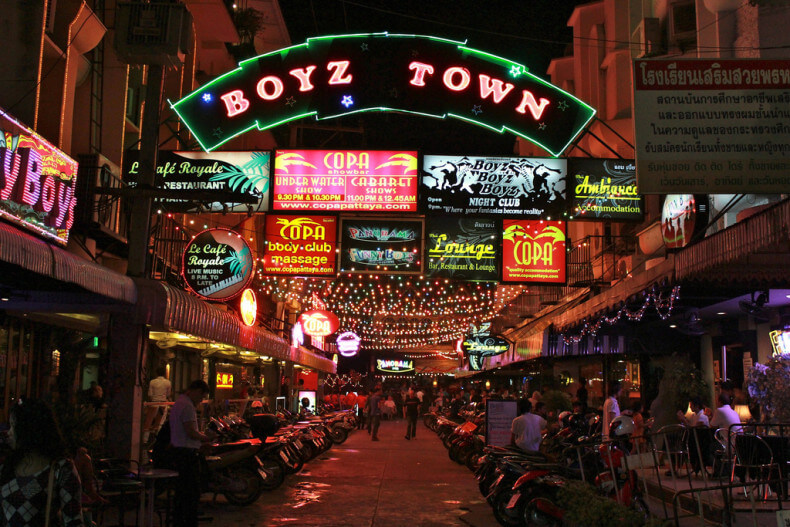 Район Boyz Town в Паттайе