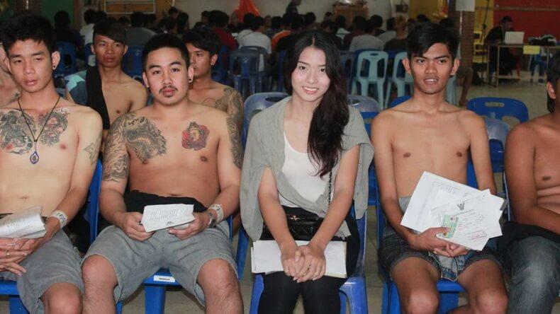Трансы в армии Тайланда