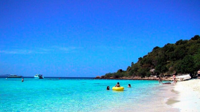 Пляж Тьен на острове Ko Лан