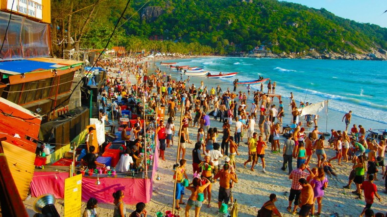 Пляж Хаад Рин Нок на острове Панган