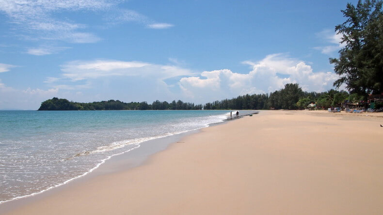 Пляж Klong Dao Beach на острове Ко Ланта