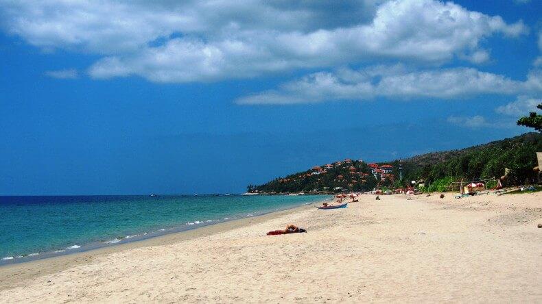 Пляж Klong Nin Beach на острове Ко Ланта