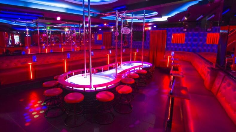 Ночной клуб Gentlemens Club в Паттайе