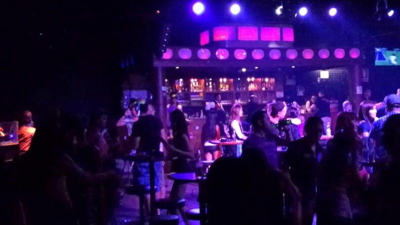 Ночной клуб Marine Disco в Патттайе