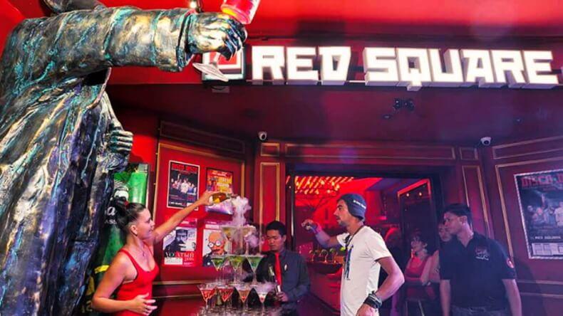 Ночной клуб Red Square в Паттайе