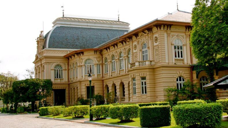 Боромпхиман в Королевском дворце Бангкока