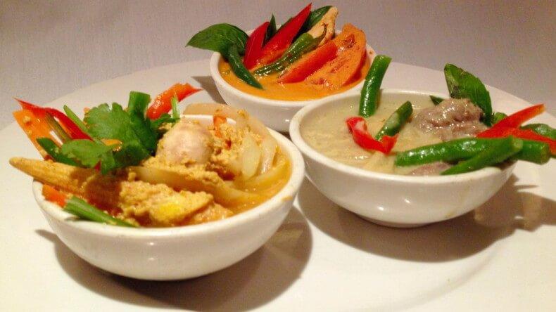 Блюда тайской кухни - Зеленый, красный и желтый карри