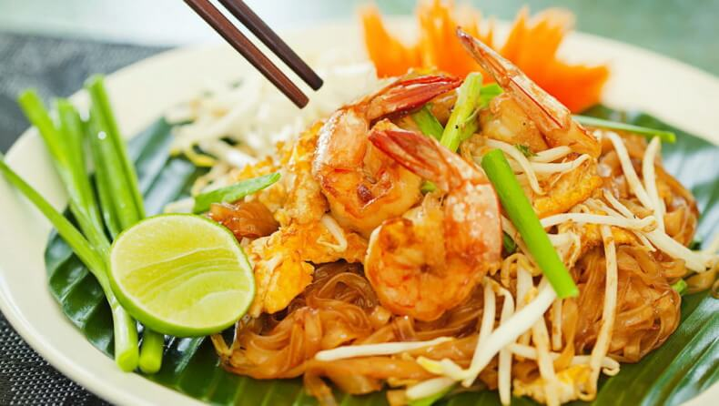 Блюда тайской кухни - Пад Тай (Pad Thai)