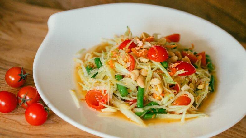 Блюда тайской кухни - Сом Там (Som Tam)