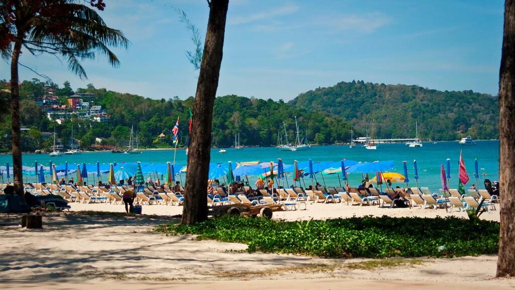 Пляж патонг острова пхукет фото