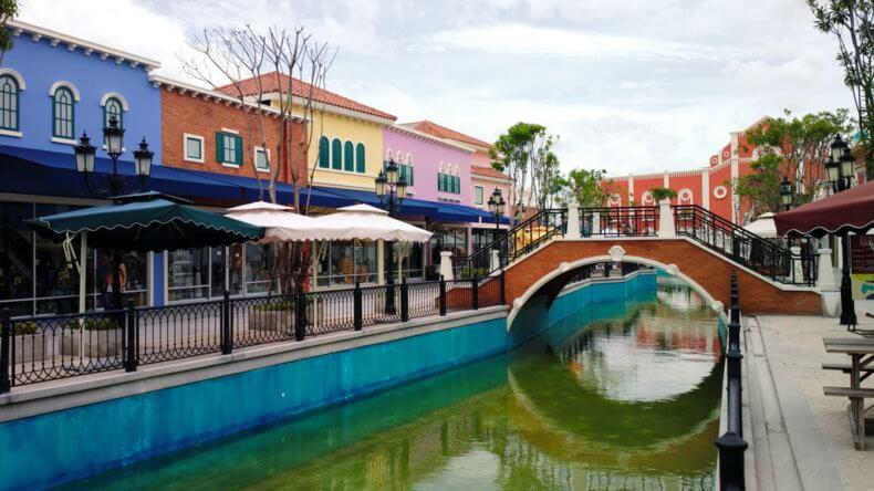 Торговый комплекс «Венеция» в Хуа Хине