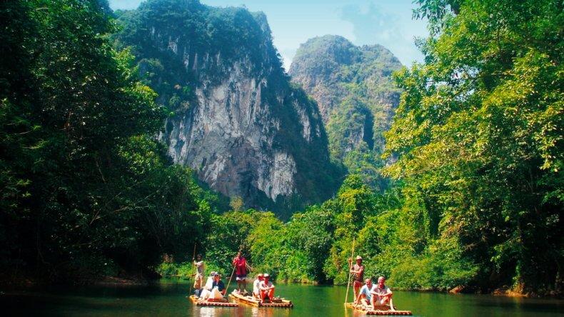 Национальный парк Khao Sok в Као Лак