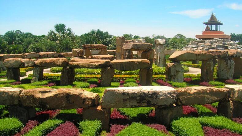 Стоунхендж в парке Нонг Нуч