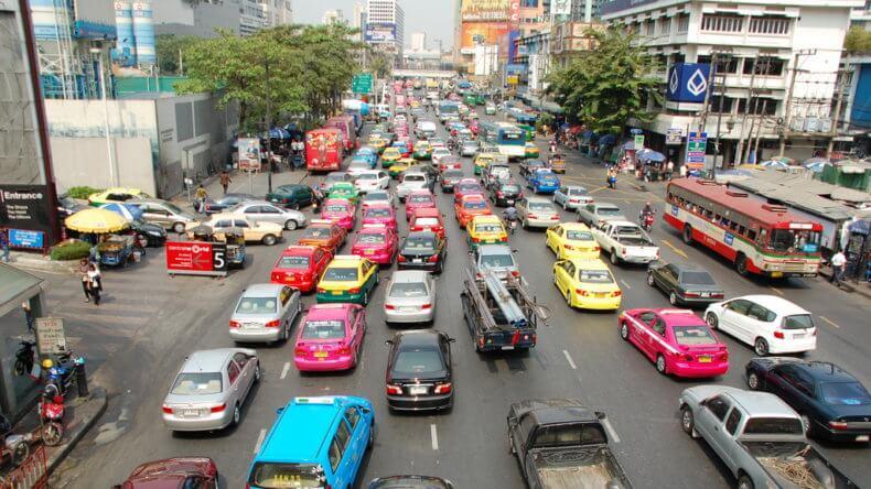 Район Плоенчит Роуд (Ploenchit Road) в Бангкоке