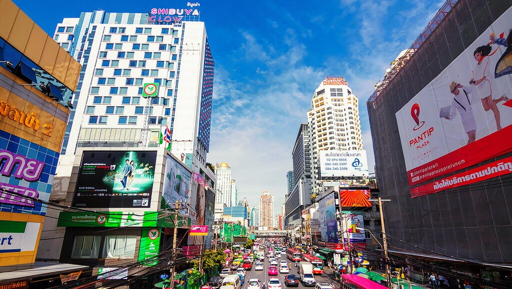 Бангкок знаменит секс туризмом