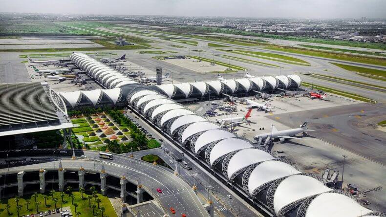 Аэропорт Суварнабхуми в Тайланде