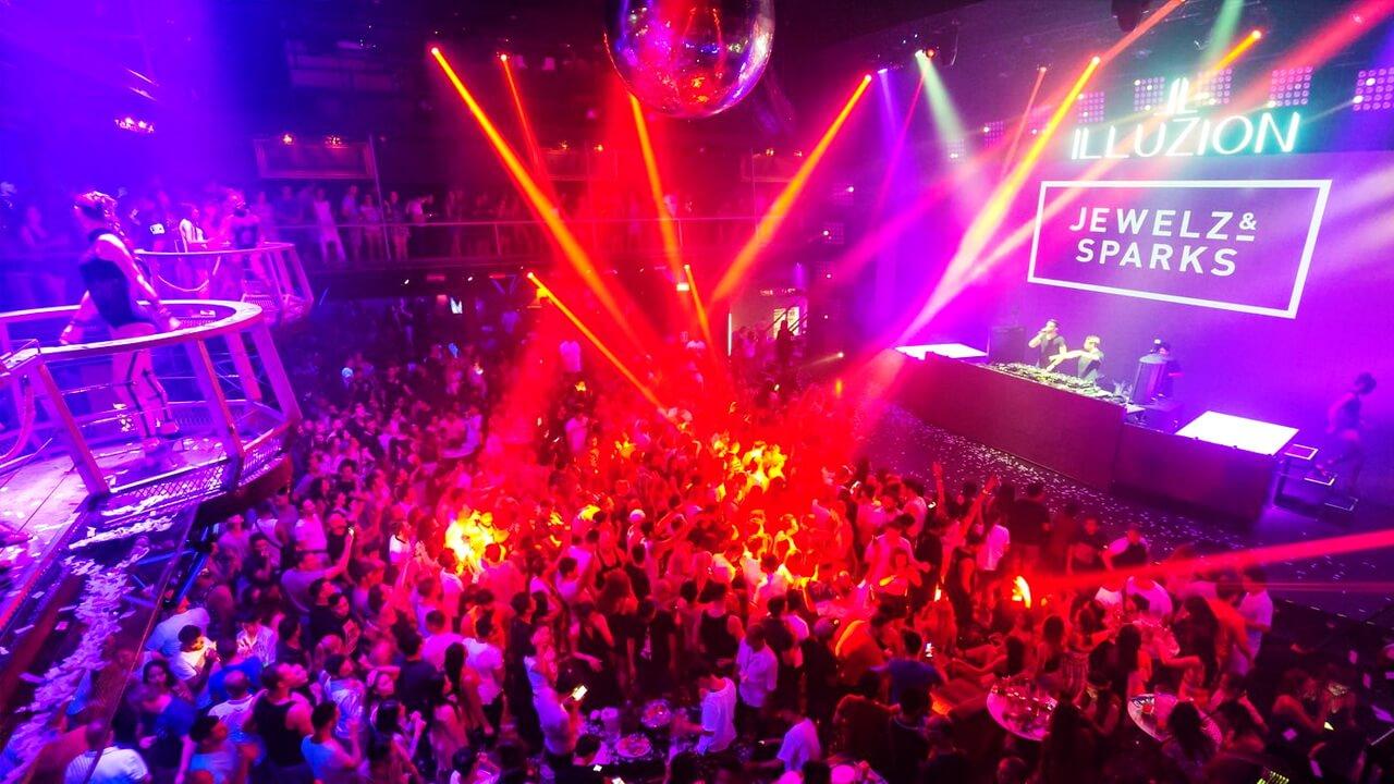 Ночные клубы пхукете день рождение в караоке клубе москва