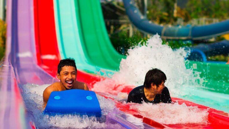 Горки на скорость Mat Racer в аквапарке Рамаяна Паттайи