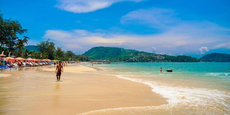 Лучшие пляжи для отдыха с детьми на Пхукете - Патонг