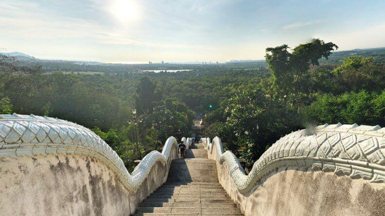 Смотровые площадки Паттайи - Гора возле храма Ват Ян