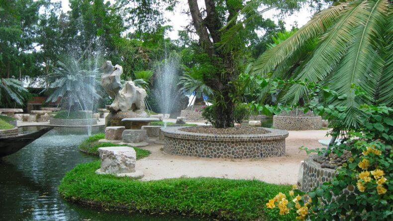 Экскурсия в парк миллионолетних камней Паттайи