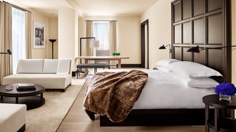 Отель в небоскребе MahaNakhon
