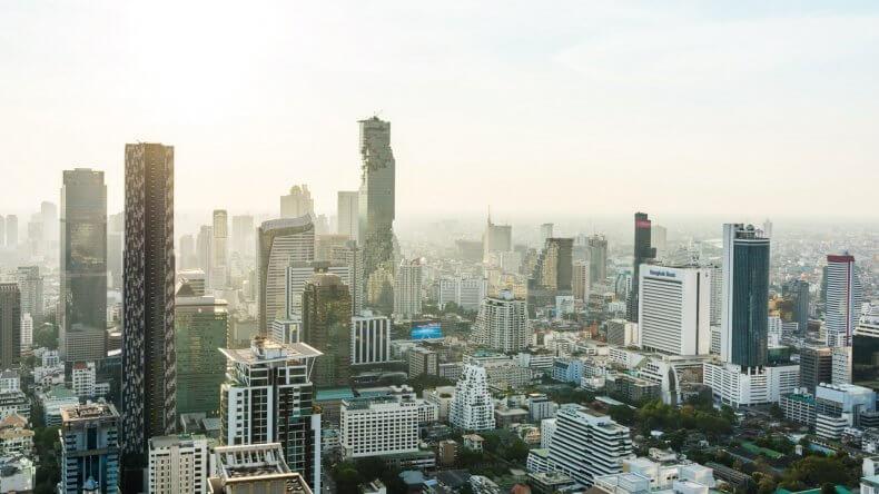 Небоскреб MahaNakhon в Бангкоке