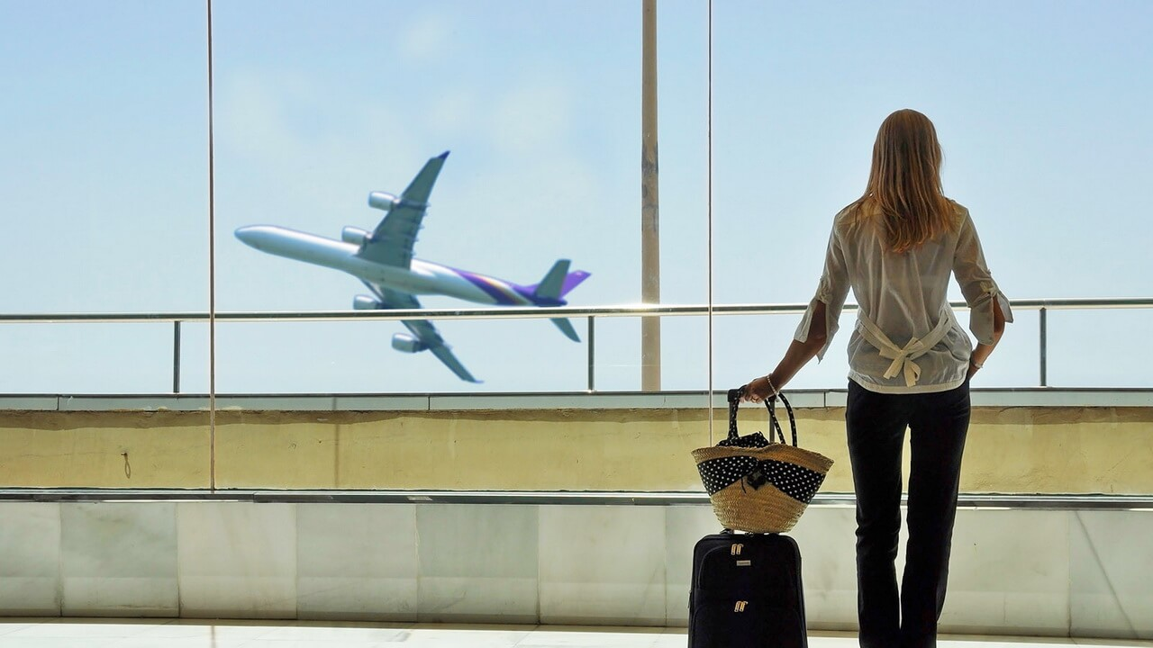 узнать выпустят ли за границу