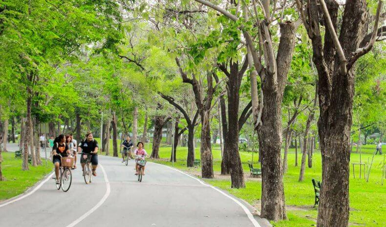 Парк Рот Фай в Бангкоке