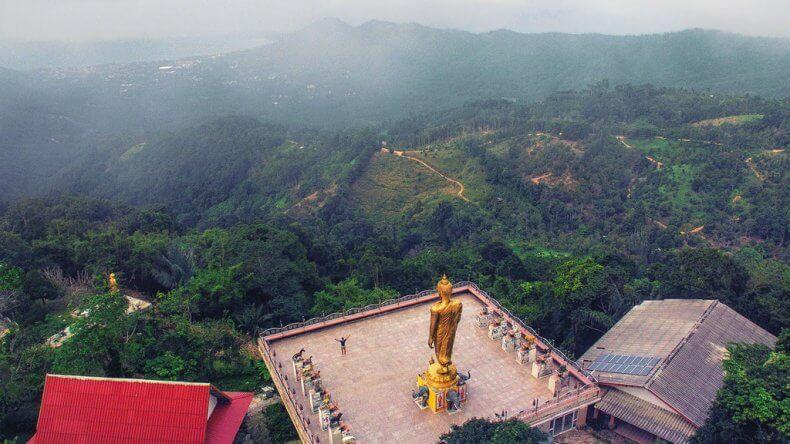 Остановка №2. Храм «Восемь Будд», смотровая площадка