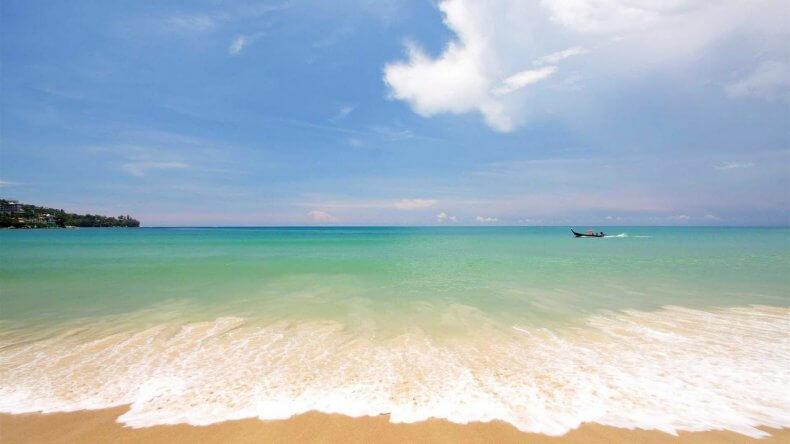 Пляж Камала Бич на Пхукете