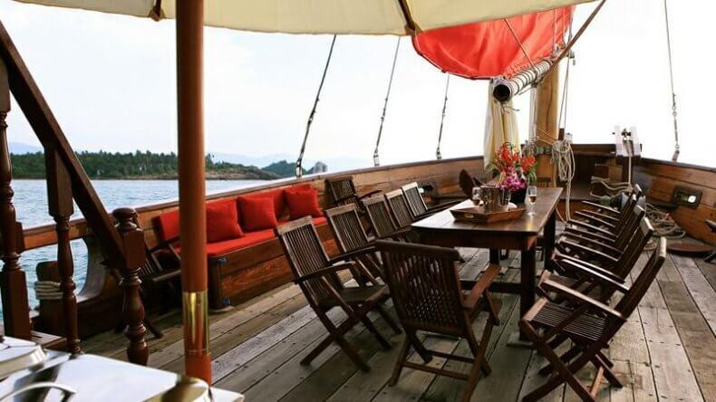 """Круиз вокруг острова Самуи на парусной яхте """"Красный Барон"""""""