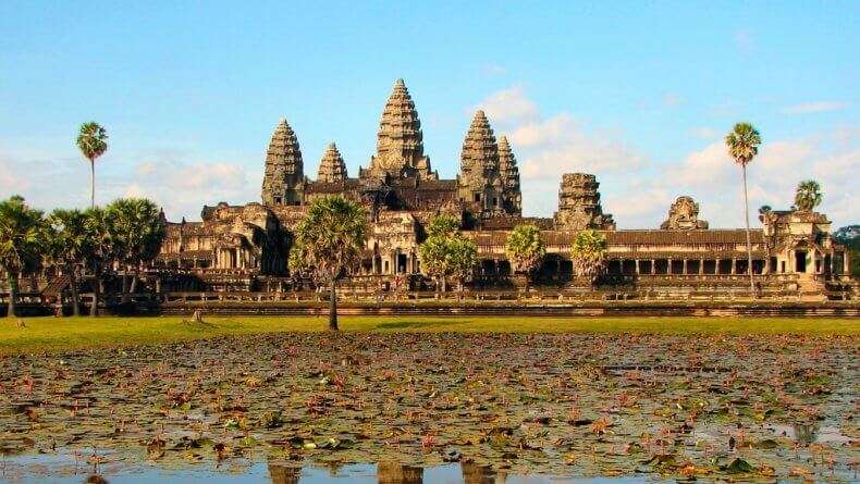 Поехать из Бангкока в Ангкор
