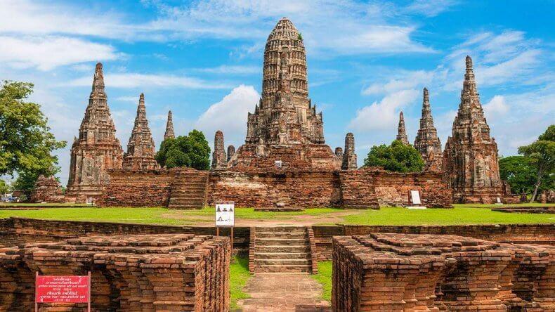 Поехать из Бангкока в Аюттхайю