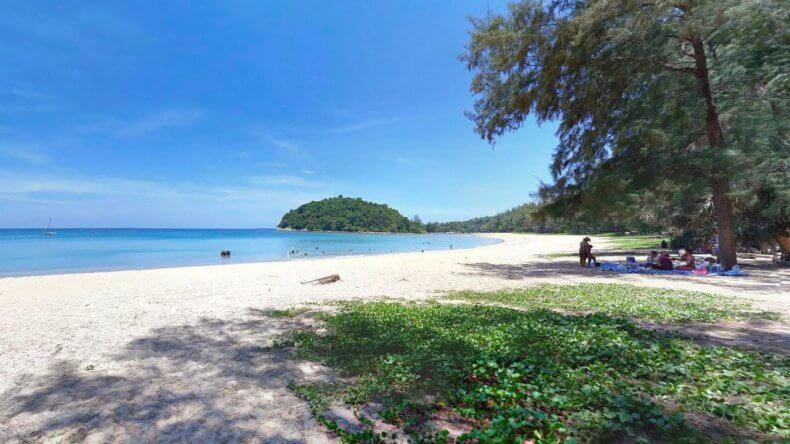 Северная часть пляжа Банг Тао Бич на Пхукете